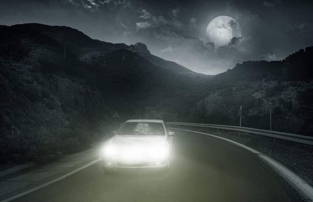 15 Tips for Driving Safely at Night